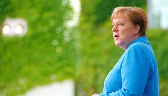"""Angela Merkel, de 64 años, sufrió su tercer episodio de temblores en un mes. """"Me encuentro bien"""", ha dicho. (Foto: Reuters)"""
