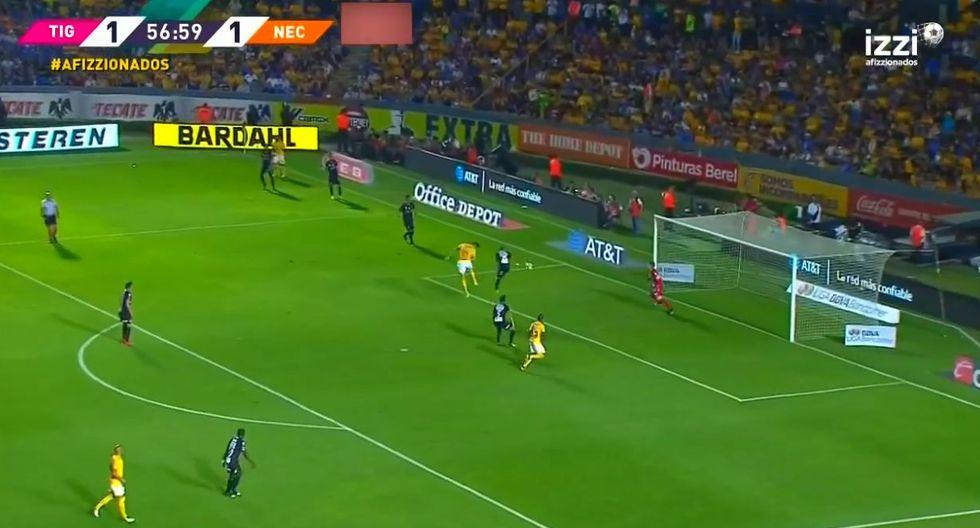 André-Pierre Gignac apareció nuevamente para adelantar a Tigres UANL. El artillero francés está a escasos tres goles de convertirse en el goleador histórico de los 'felinos'. (Foto: captura de video)
