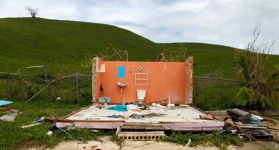 Una casa totalmente destruida tras el paso del huracán María por Naguabo, Puerto Rico. (AFP)