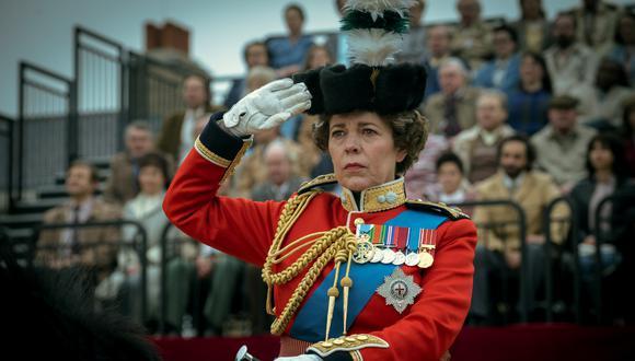 """En la cuarta temporada de """"The Crown"""", conocemos el lado más autoritario de la reina Isabel II (Olivia Colman), quien debe enfrentar problemas dentro de su propia familia. Foto: Netflix."""