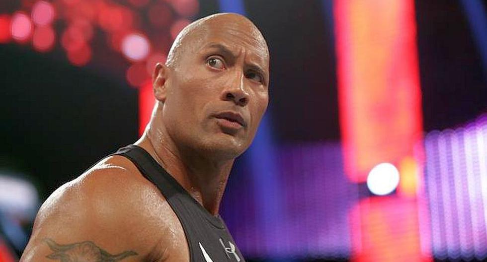 The Rock volvió en Monday Night Raw y emocionó a fans de la WWE - 7