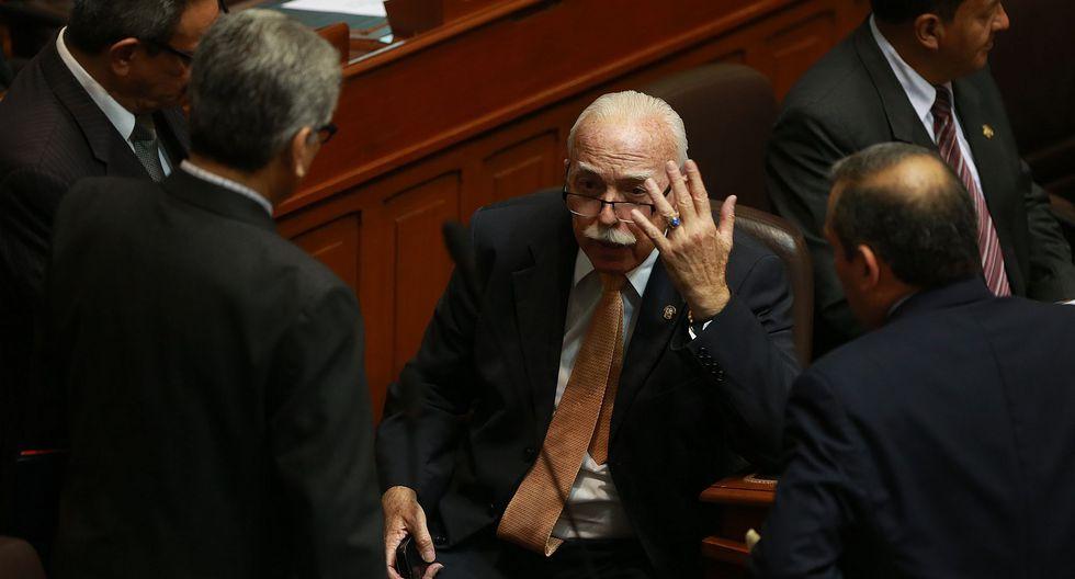 El vocero de Fuerza Popular, Carlos Tubino, criticó al presidente del Congreso. (Foto: GEC)