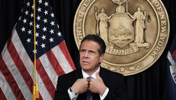Fotografía de archivo del 5 de mayo de 2021 que muestra al gobernador de Nueva York, Andrew Cuomo, mientras habla durante una conferencia de prensa. (EFE/EPA/SPENCER PLATT / POOL/ ARCHIVO).