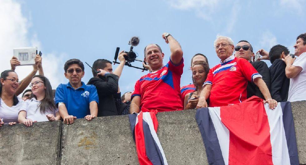 Miles de costarricenses festejaron clasificación en Brasil 2014 - 4