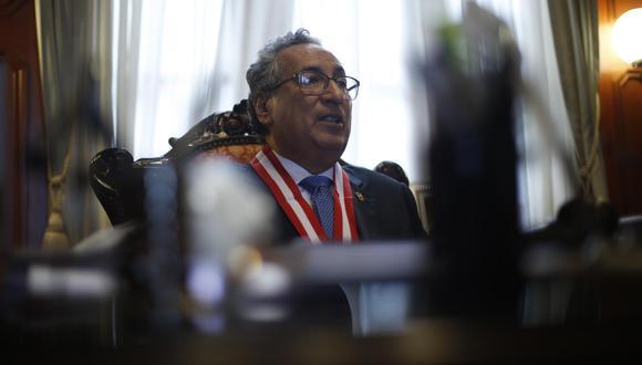 El presidente del Poder Judicial solo reconoció una reunión trunca con Hinostroza. (Foto: Mario Zapata / GEC)