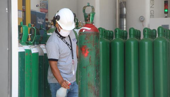 Se denunciará a las personas que revendan los balones de oxígeno. (Foto: Gore Lambayeque)