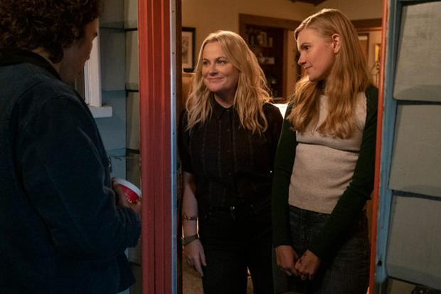 Amy Poehler, in addition to directing the film, has the role of Lisa, Vivian's mother who participated in the feminist movement in her youth.  (Photo: Netflix)