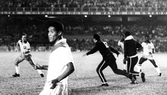 Esa noche del miércoles 9 de abril de 1969, casi al final de un primer tiempo muy reñido, los jugadores de las selecciones de Perú y Brasil se enfrascaron en un descomunal pelea, que esperamos no se repita en el próximo partido en Lima por las clasificatorias a Qatar 2022.  (Foto: GEC Archivo Histórico)