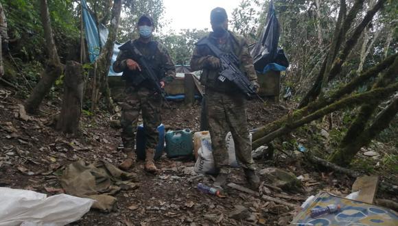 Una patrulla integrada por militares y policías descubrió el lugar donde se realizaba la actividad ilícita. (Foto: Comando Conjunto de las Fuerzas Armadas)