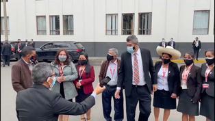 Familiares de Pedro Castillo llegan al Congreso de la República