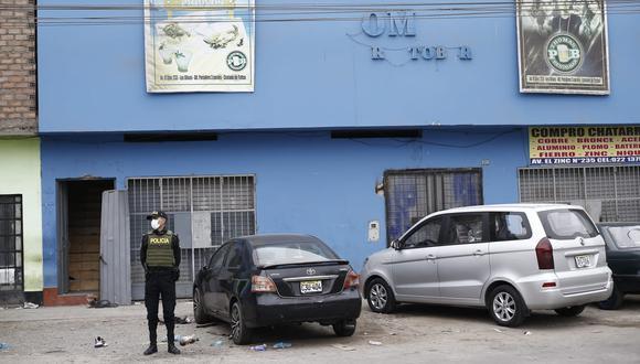 Exteriores de la discoteca Thomas bar en Los Olivos, al día siguiente de la tragedia. (Foto: Francisco Neyra/GEC)
