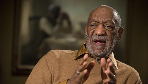 Bill Cosby afronta cargos de drogar y agredir sexualmente a Andrea Constand, una ex entrenadora de baloncesto de su antigua Universidad Temple, en 2004.