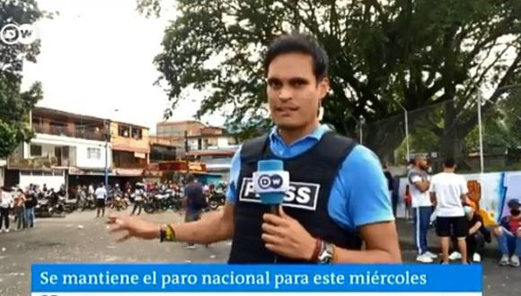 """""""No se vayan que nos disparan"""", el dramático pedido de ciudadanos caleños a periodista extranjero. (Foto: @dw_espanol / Twitter)"""