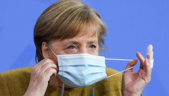La canciller de Alemania, Angela Merkel, recibirá el viernes su primera dosis de la vacuna AstraZeneca contra el coronavirus. (ANNEGRET HILSE / POOL / AFP).