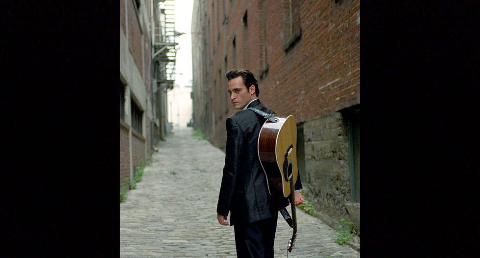 """En 2005, el actor se metería en la piel de la leyenda del country Johnny Cash en la película """"Walk the Line"""", y volvería a ser nominado al premio de la Academia, esta vez como Mejor actor principal."""
