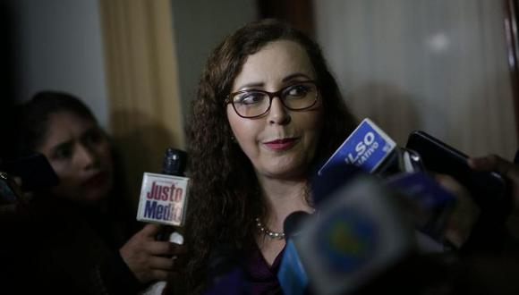 """Rosa Bartra lamentó que Vizcarra """"solo pretenda gobernar confrontando a los poderes del Estado"""". (Foto: (Foto: Anthony Niño de Guzmán/ El Comercio)"""