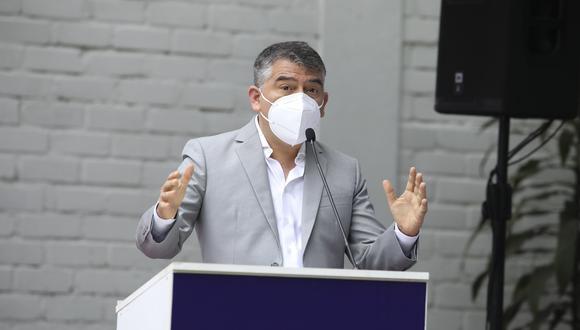 """El candidato presidencial del Partido Morado indicó que su agrupación propuso a Francisco Sagasti como presidente de transición para poner """"el país por delante"""" en medio de la crisis política. (Foto: El Comercio)"""