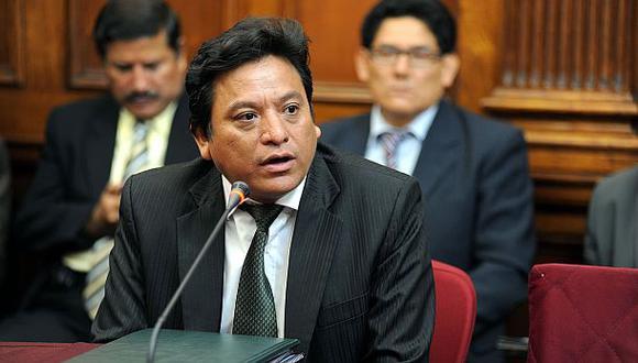 Fiscal interroga a testigo por indagación a Cenaida Uribe