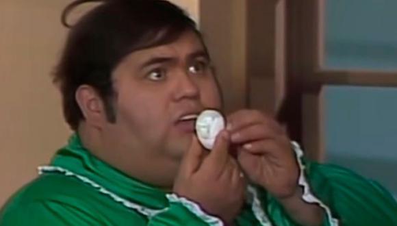 """Único hijo del señor Barriga, Ñoño es víctima de burlas por su sobrepeso en """"El Chavo del 8"""" (Foto: Televisa)"""