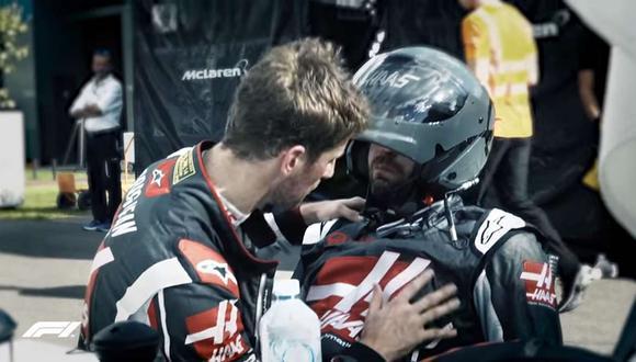 Cuando el ambiente en el área de mecánicos de Haas era el peor, Grosjean llegó y no dudó en consolar a uno de los responsables de su área de pits. (Youtube)