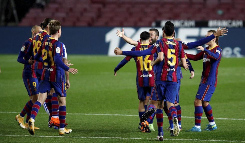 Barcelona venció 2-1 a la Real Sociedad en el Camp Nou con goles de Jordi Alba y Frenkie de Jong. (Foto: EFE)