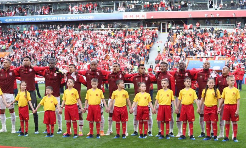 Perú vs. Francia: ¡Emocionante! Hinchas entonaron el Himno Nacional en Ekaterimburgo. (Foto: Selección peruana)