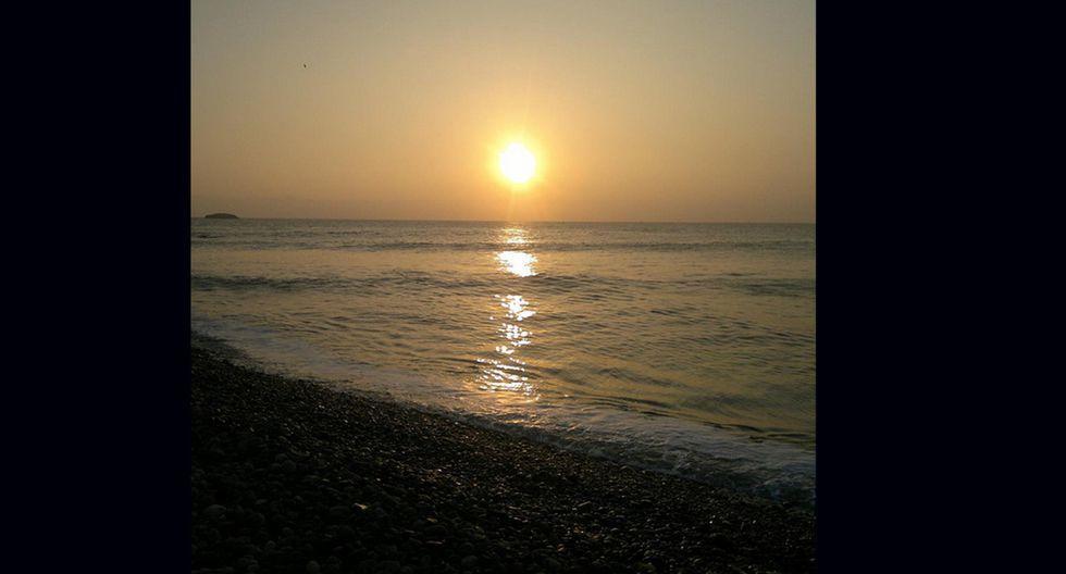 Centinela. A solo 5 km de la ciudad de Huacho, se encuentra esta playa que se ha convertido en la parada predilecta de los amantes del surf y el bodyboard por sus excelentes olas. Para llegar debes ir hasta el kilómetro 154 de la Panamericana Norte.  (Foto: Instagram / byronjaffet)