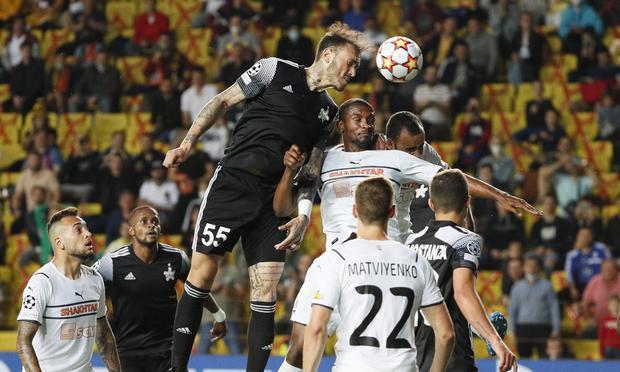 Gustavo Dulanto pelea por la Champions con el sheriff de Tiraspol |  Foto: Reuters