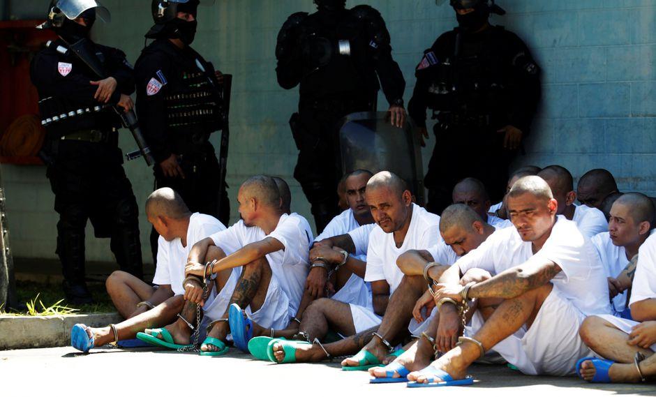 Las pandillas en El Salvador tienen unos 70.000 miembros de los cuales casi 17.000 están encarcelados. Pertenecen, en su mayoría, a la Mara Salvatrucha o a su rival, Barrio 18. (Reuters)