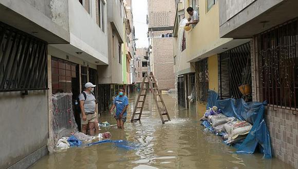 La medida busca beneficiar a todos los pobladores que viven en las zonas que resultaron afectadas por el aniego en SJL. (Foto: GEC)