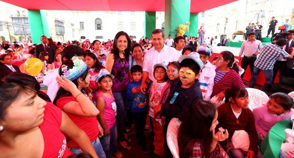 Pareja presidencial ofreció desayuno navideño a niños  - 2