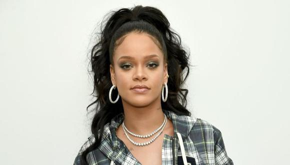 Rihanna revela su rutina de 10 minutos para crear un maquillaje perfecto. (Foto: AFP)