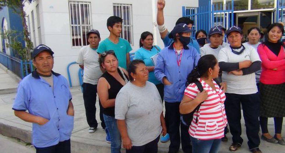 Trabajadores de Gerald Oropeza realizaron plantón en Ayacucho