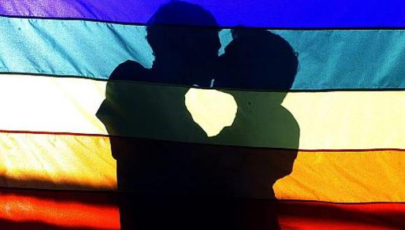 IPSOS: el 72% cree que homosexuales sufren discriminación