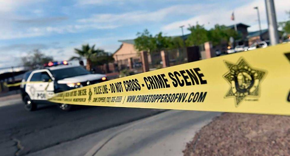 Según declaraciones de la policía local a CBS 8 News, el tiroteo habría iniciado cuando una persona sacó un arma para impedir una pelea entre un grupo de jóvenes dentro del Fashion Show Mall. (Twitter Policía de Las Vegas - @LVMPD)