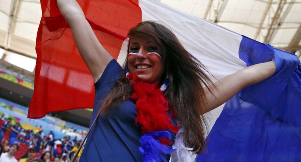 Francia vs. Nigeria: el poderío galo también está en tribunas - 1