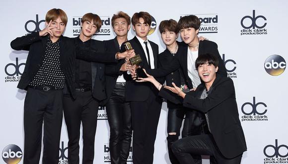 BTS en la ceremonia de los Billboard 2017. La agrupación surcoreana fue reconocida con un trofeo. (Fotos: Agencias)
