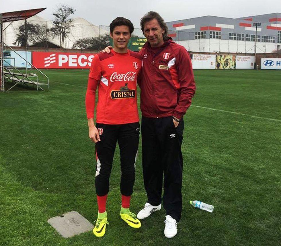 Emile Franco junto a Ricardo Gareca. (Foto: Toque y Gol)