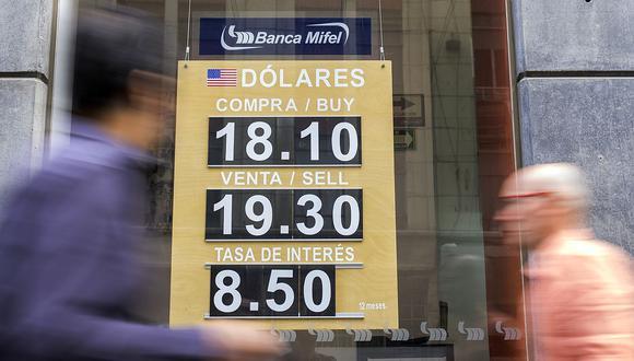 El tipo de cambio abría a la baja el jueves 4 de marzo en México este jueves. (Foto: AFP)