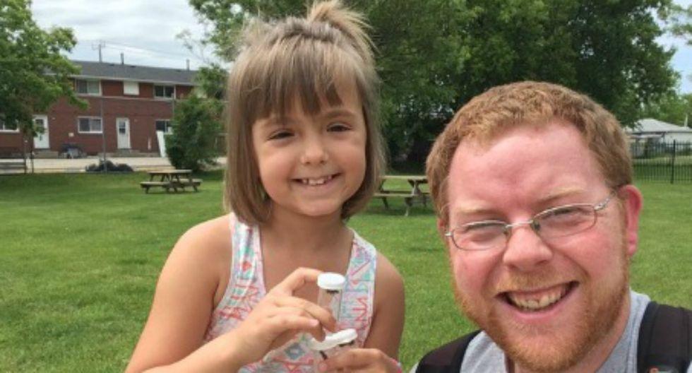 Se viralizó en redes sociales la historia de la niña que sufrió acoso por su afición a los insectos y que publicó su primer artículo en una prestigiosa revista científica. (Foto: Twitter)