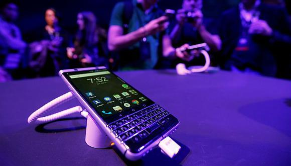 Un vocero lanzó la información durante la presentación de BlackBerry en el Mobile World Congress 2017 (MWC) en Barcelona. (Foto: Reuters)