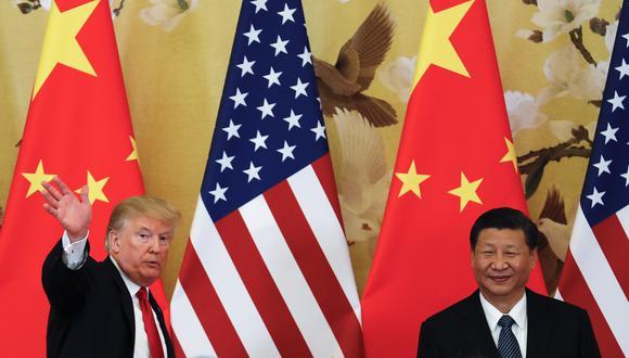 El primer ministro chino, Li Keqiang, dijo el lunes que su país y Estados Unidos deberían celebrar negociaciones, al tiempo que reiteró sus promesas de que facilitará el acceso a las empresas estadounidenses, en un momento en que Pekín intenta evitar una guerra comercial. También, dijo que China tratará de forma equitativa a las firmas foráneas y locales. (Foto: AP)
