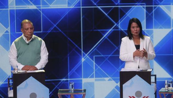 El candidato presidencial del Frente Amplio cuestionó que la candidata de Fuerza Popular, Keiko Fujimori, use de ejemplo a su padre, el sentenciado expresidente Alberto Fujimori, para combatir la delincuencia. (Foto: El Comercio)