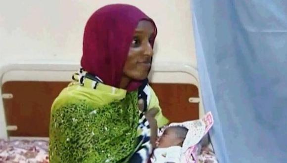 """Sudanesa condenada a muerte: """"Tuve que parir encadenada"""""""