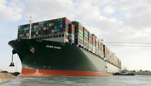 El portacontenedores Ever Given encalló en el Canal de Suez. (Foto: EFE).
