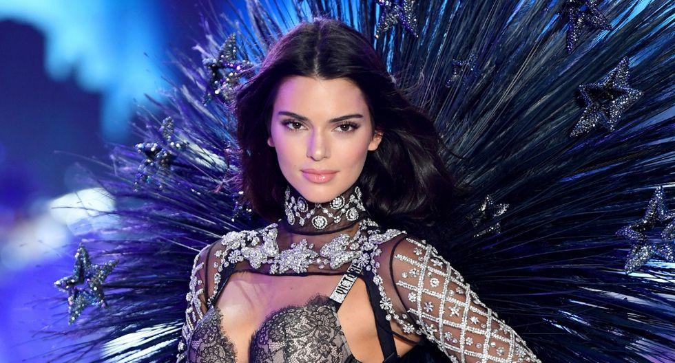 La modelo Kendall Jenner aparece en una foto que causó asombro entre sus fans. (AFP)