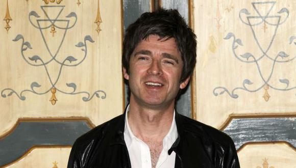 Noel Gallagher desilusiona a fans al negar reencuentro de Oasis