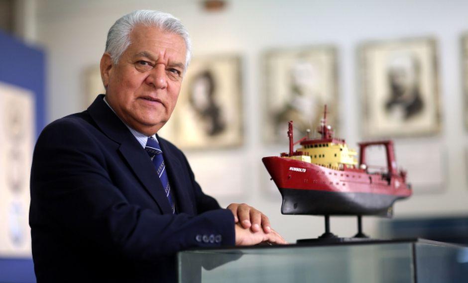 La sala Antártida del Museo Naval del Perú, en el Callao, mantiene un modelo a escala del buque Humboldt e informes de las expediciones. Ahí el almirante Jorge Brousset conversó con El Comercio. (Foto: Nancy Chappell/El Comercio)