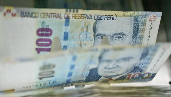 Para el economista Elmer Cuba, los más perjudicados con un futuro incremento del sueldo mínimo serán los trabajadores de las empresas informales, porque sus empresas seguirán mirando de lejos la formalidad. (Foto: GEC)