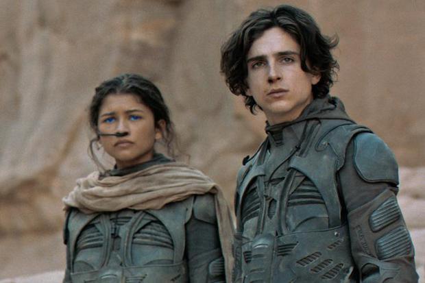 """Zendaya with Timothée Chalamet in scenes from """"Dune"""".  Photo: Warner Bros."""
